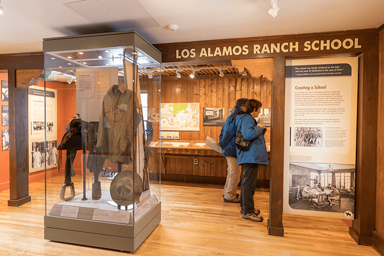 los alamos Exhibit Design